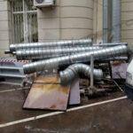 Незаконное размещение вентиляционного оборудования на фасаде домов